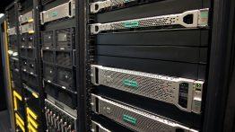 hewlett packard enterprise 262x147 - آشنایی با سرور های رکمونت ، تاور و تیغه ای HP